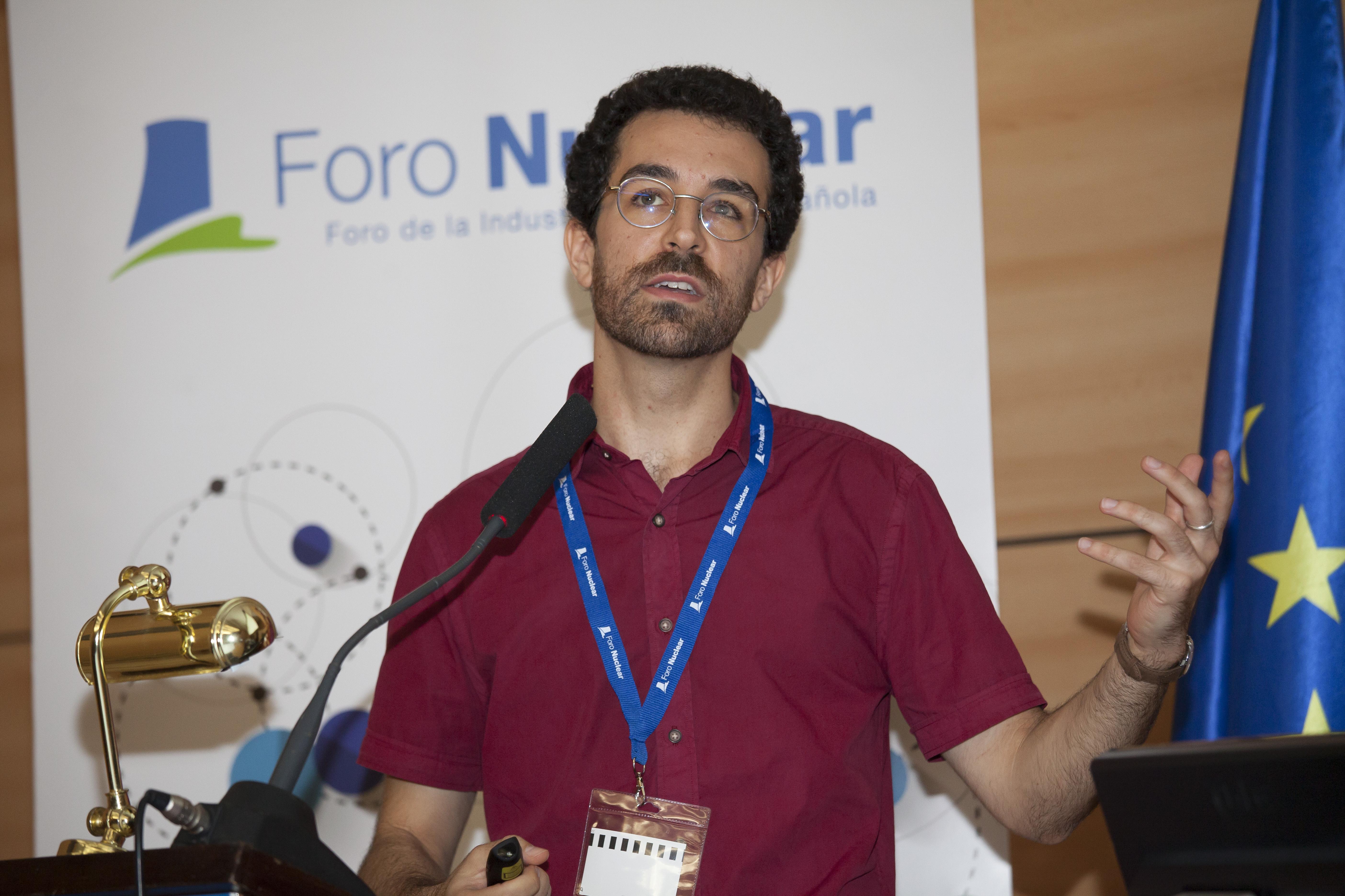 Adrià Casanovas, Departamento de Física Nuclear Experimental en el Instituto de Técnicas Energéticas de la UPC y colaborador del CERN