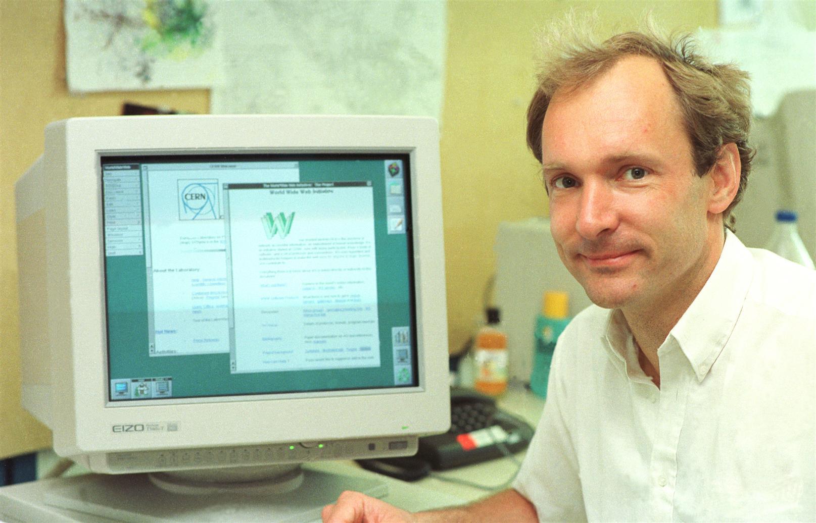 Nacimiento de www