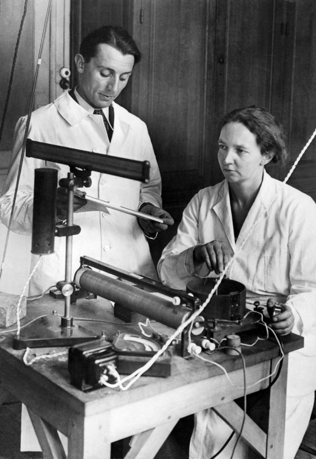 Irène y Frédéric Joliot-Curie