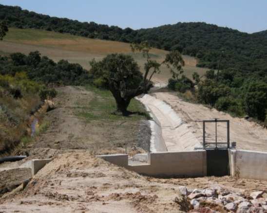 Criterios aplicables a la rehabilitación de terrenos afectados por la minería de uranio: Explotaciones Mineras de Saelices el Chico (Salamanca)