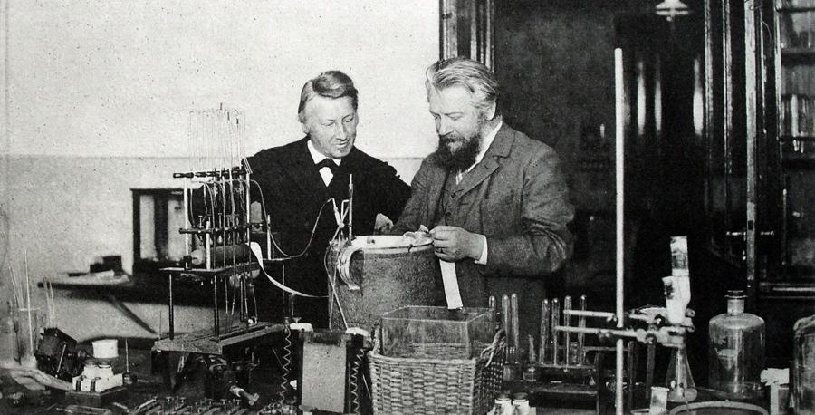 Wilhelm Ostwald en el laboratorio